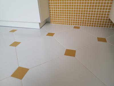 oktagonalne kafle w kuchni